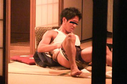 イケメンの筋肉動画