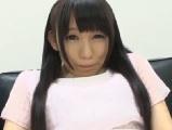 小西まりえ綺麗な黒髪をした可愛らしいパイパン女子大生がディルドオナニー