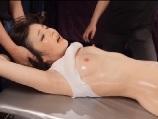 ピンク乳首のパイパン娘が電マで責められ連続絶頂アクメ