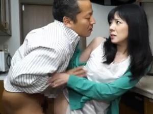 アダルト 加納綾子 山本美和子 青木春香 夫とするより気持ちいい…不倫と接吻と他人のサオ