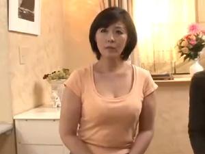 アダルト 円城ひとみ 母に媚薬を飲ませたら… 清楚な熟女母