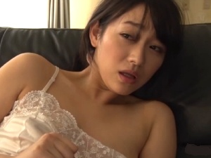 アダルト 透け乳のネグリジェ人妻をれいぷ