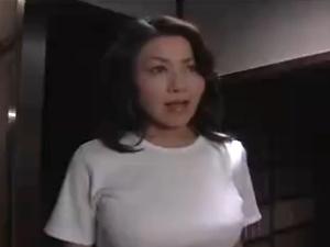アダルト 岡田裕美 色っぽい巨乳熟女人妻