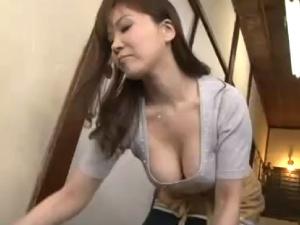 アダルト 熟女巨乳妻