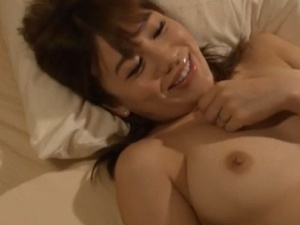 本田莉子 ネトラセーゼ コスプレ会社の男達に妻を寝取らせる話し