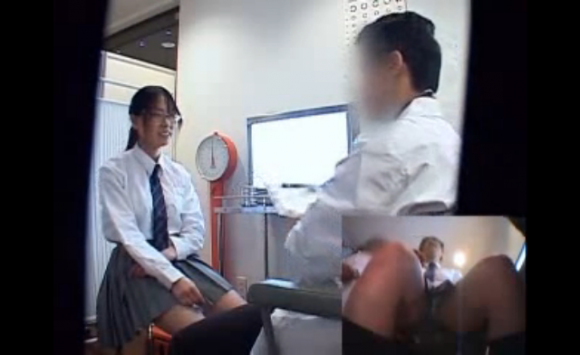 【エロ動画】大人しそうなJKにはこんな感じで優しくコンドームの使い方を教えてあげましょうwwwwwww01_20151129143950a9d.png