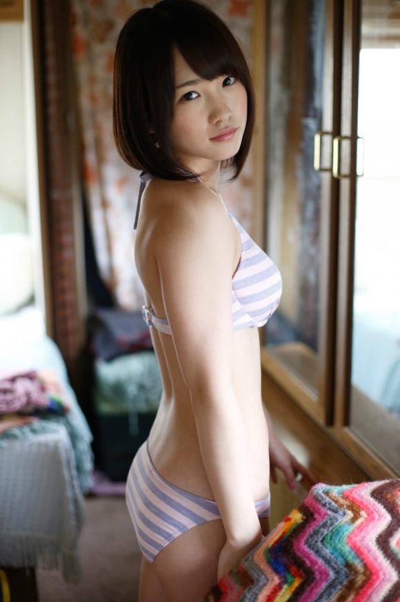 元AKB48メンバーでおバカキャラでおなじみの川栄李奈ちゃんの水着姿が意外と結構くるぅぅぅぅぅ【画像20枚】01_20151209231528670.jpg