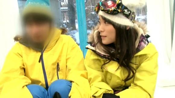 【エロ動画】女の子がいつも以上に可愛く見えるスキー場のゲレンデでナンパして中出しwwwww【MM号】01_20151231165302eac.png