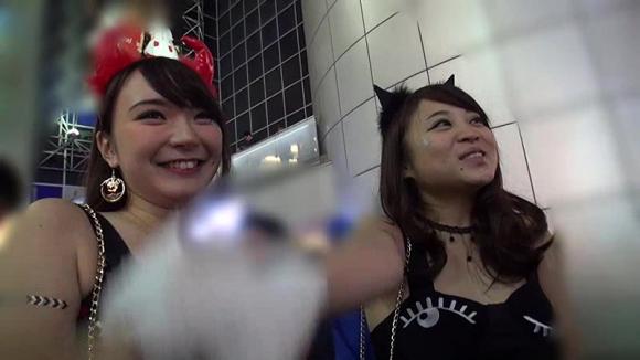 【エロ動画】ハロウィンの時の渋谷がどれだけエロかったのか振り返ってみたwwwww01_20160116051405f2a.png