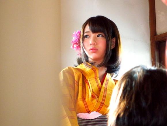 【エロ動画】某お江戸テーマパークで働く和服美女をナンパして脱がせたらすごいおっぱいしてたwwwww01_2016032212314690c.png