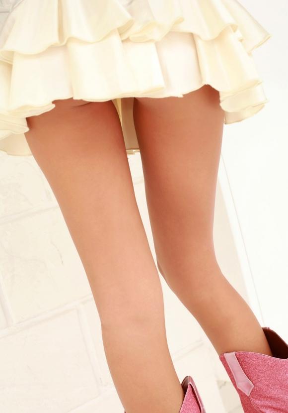脚フェチが思わず飛び込んじゃいそうな綺麗な脚の女の子wwwww【画像30枚】01_20160725112601642.jpg