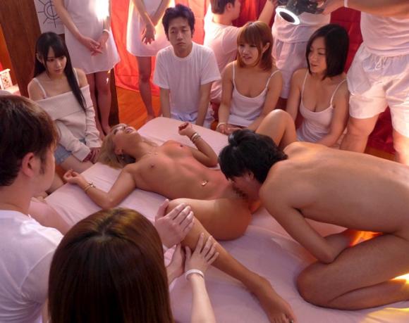 【エロ動画】杉並区にあるセックス教団の実態がヤバすぎるwww01_20160807114247529.png