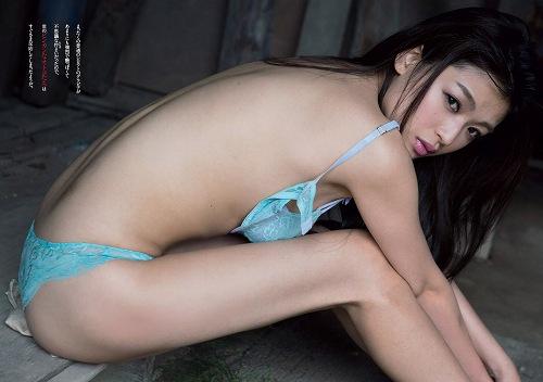ゴッドタン葉月こと西岡菜月ちゃんがTwitterでおっぱい写メを大量投下!028_20160503101453ae0.jpg