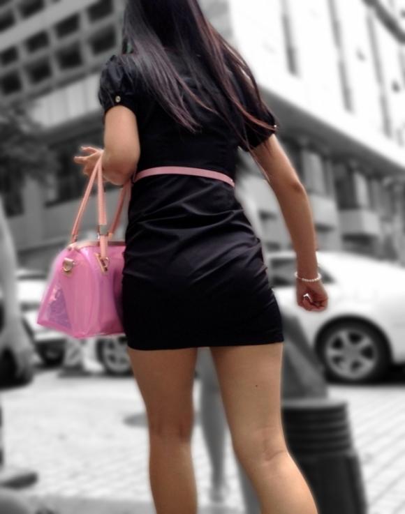 洋服の中では一番のエロさを誇るミニワンピを着てる女の子を街撮り盗撮ぅぅぅぅぅwwwww【画像30枚】03_20151220031509ee4.jpg