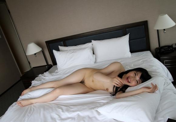 細身好きにはたまらんwww芸術性を感じる華奢な女の子の全裸ヌードwwwwwww【画像30枚】03_20160322225325f67.jpg