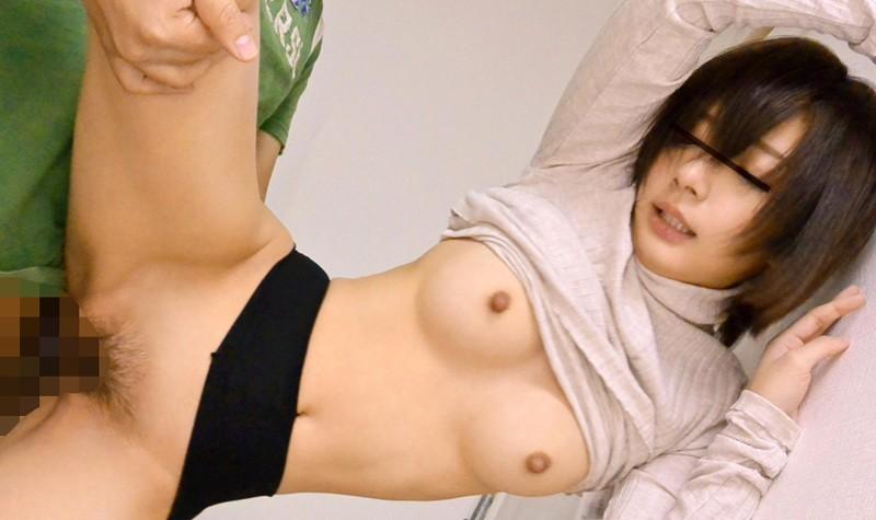 【エロ動画】貧乳だからってノーブラ胸ポチしてる美女に欲情www乳首コリコリは欠かせんwwwwwww04_201603200524323d9.png