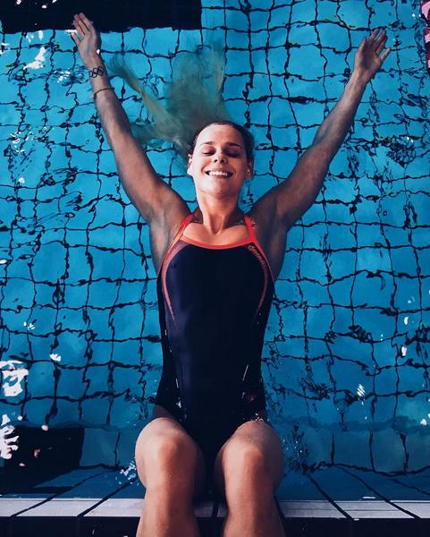 リオ五輪競泳金メダリスト「パーニル・ブルメ」ちゃんがinstagramにアップしてる美形ヌード画像!04_20160815150506311.png