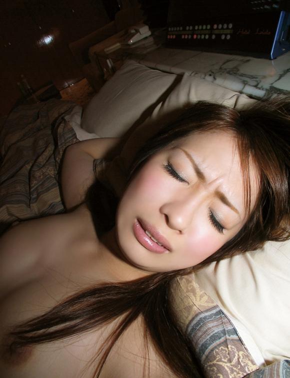 イキ顔/アヘ顔/喘ぎ顔→→→女がセックスの時に見せる三大エロい表情が最高だわぁぁぁぁぁwwwwwww【画像30枚】05_2015122922410623b.jpg