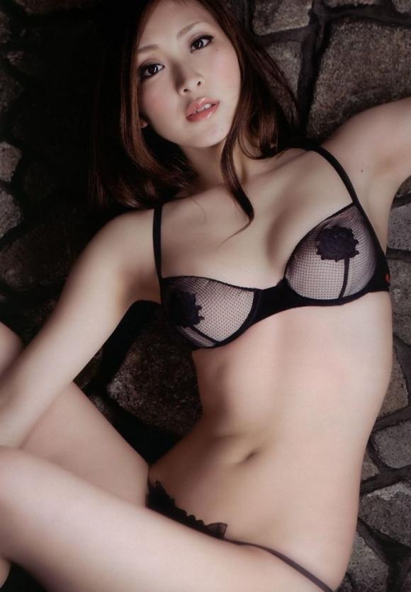 腰のくびれラインがキュっとしてる女の子がセクシーすぎるwwwww【画像30枚】05_201601182346153f4.jpg