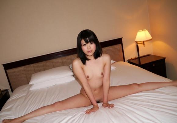 体が柔らかくて普通と違う体位でセックスを楽しめそうな軟体女性の凄さが分かる画像をくださいwwwww05_20160217082539e48.jpg