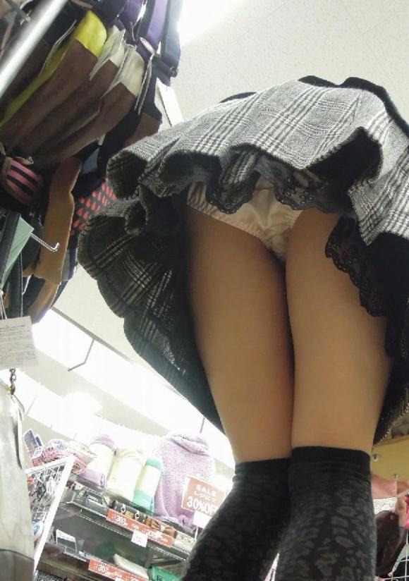 学生女神が掲示板にパイパンマンコやむっちりおしりを自撮り撮影した画像をうpwwwwwwwww05_20160219221804e85.jpg
