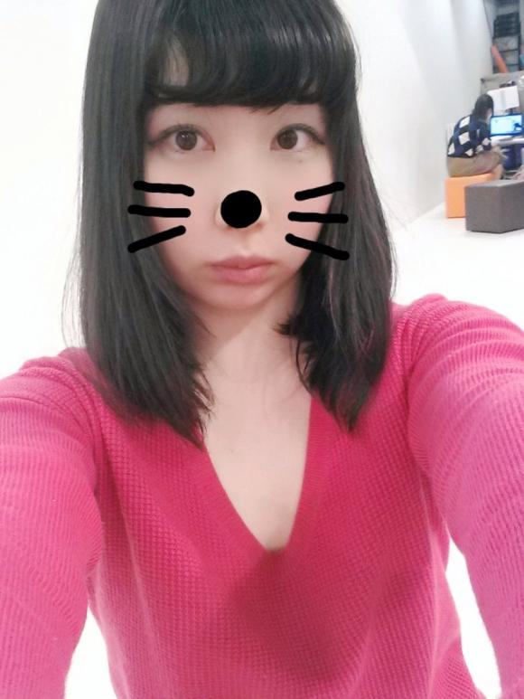 グラドルがにゃんにゃんにゃんの猫の日に猫コスプレ自撮りをうp!!!!!05_20160222220117ccb.jpg
