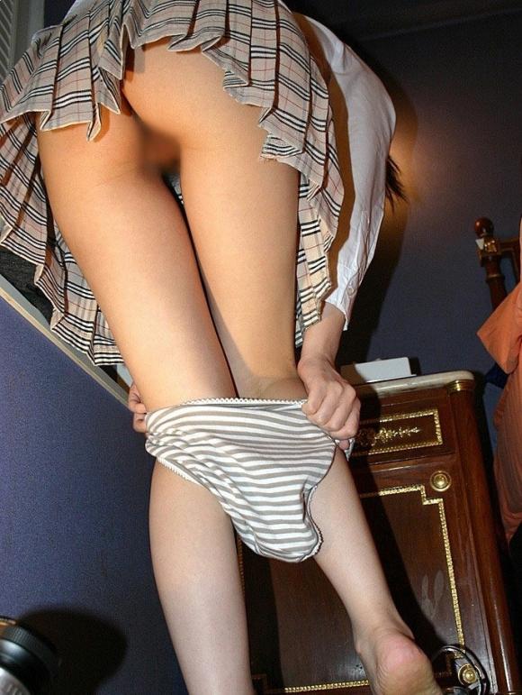 彼女が服をヌギヌギ脱いでるトコがくっっっっっそエロかったからとりあえず撮ってうpするわぁぁぁぁぁwwwwwww【画像30枚】05_2016031023125460b.jpg