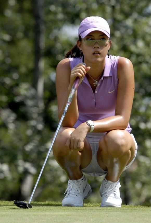【エロ画像】女子ゴルフ中継がもうエロ目線でしか見れないwwwww07_201601121930511cf.jpg