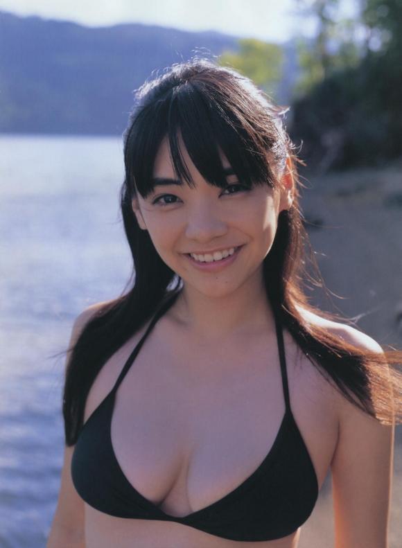 倉科カナちゃんのFカップグラビアがセクシーすぎる!【画像30枚】07_20160815161429ed0.jpg