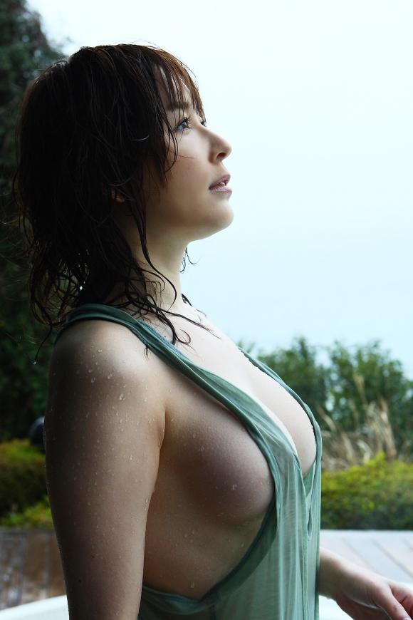 裸にオーバーオール着てる女の子のハミ乳見えてる感じが妙にエロいんだけどwwwwwww【画像30枚】08_201603272248111bc.jpg
