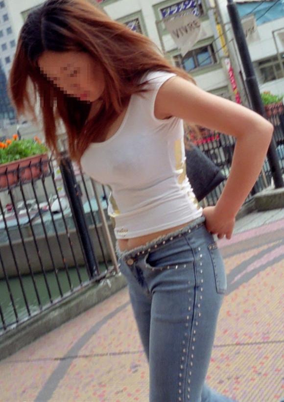 街で見かけたら視姦してしまうwww巨乳感満載の着衣おっぱいwwwwwww【画像30枚】10_20151224151850ed6.jpg