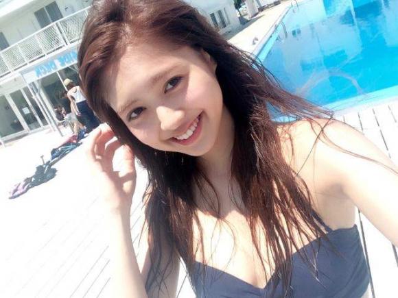 LINE BLOGでかわいいオフショット満載のRay専属モデル松元絵里花ちゃん(えりり)のグラビア画像10_20160315174413a2e.jpg