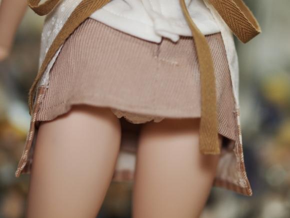 素人なのにパンチラしそうな短すぎるミニスカ履いてる女の子が多すぎるwwwwwww【画像30枚】10_20160730220405251.jpg