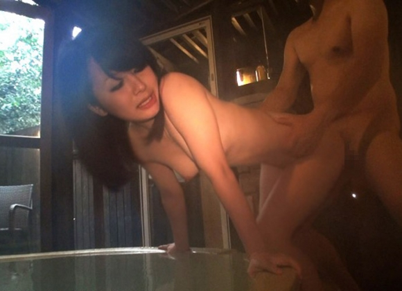 【エロ画像】寒い時はあったかいお風呂でセックスするのも・・・・・アリだと思います!!!!!11_20151203152938822.jpg