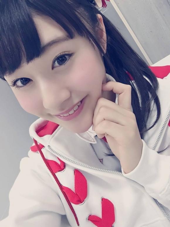 NGT48加藤美南ちゃん(かとみな)がアクロバティックにカワイイ!11_20160222223851018.jpg