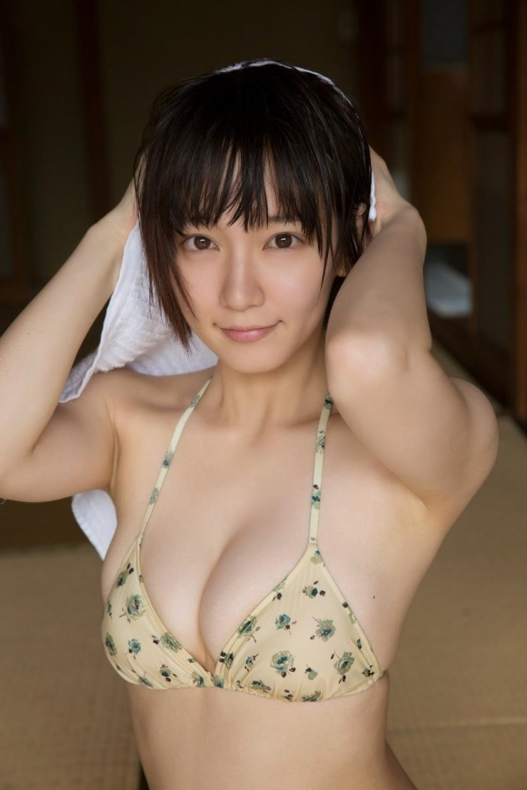 吉岡里帆ちゃんが可愛くて清楚な感じだけどおっぱい大きくて・・・・・ブレイク必至!【画像30枚】12_20151227020327f88.jpg