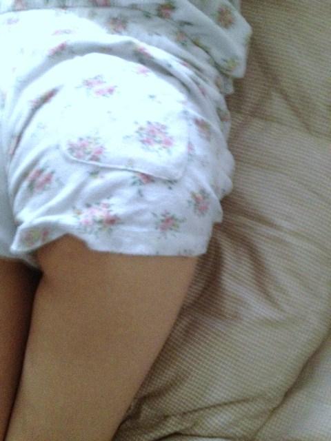 【素人限定】ベッドに飛び込んで襲いたくなる素人女子のパジャマ姿くっそエロいwwwwwww【画像30枚】12_20160527174810abf.jpg