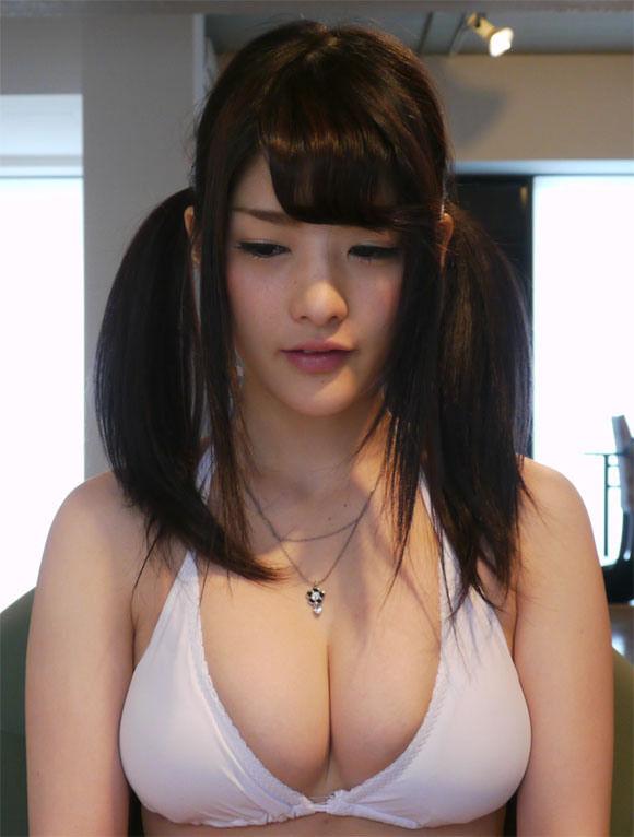 仮面女子Gカップアイドル「神谷えりな」ちゃんの爆乳グラビア画像12_20160719223731d07.jpg