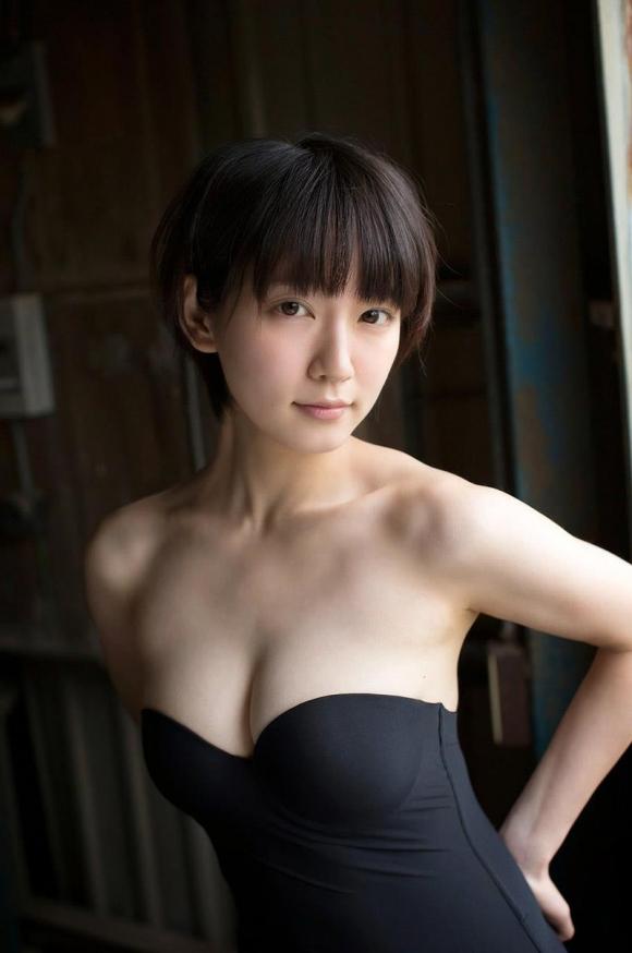 吉岡里帆ちゃんが可愛くて清楚な感じだけどおっぱい大きくて・・・・・ブレイク必至!【画像30枚】13_2015122702032920e.jpg