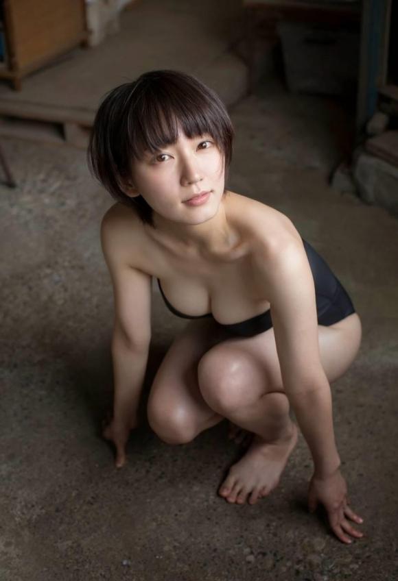 吉岡里帆ちゃんが可愛くて清楚な感じだけどおっぱい大きくて・・・・・ブレイク必至!【画像30枚】15_20151227020332fe9.jpg