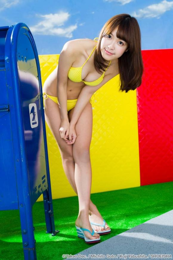LINE BLOGで下着姿をUPしてくれた人気モデル松本愛ちゃんの激カワグラビア画像【30枚】15_20160212212619c6b.jpg