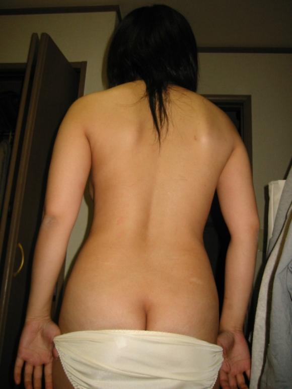 彼女が服をヌギヌギ脱いでるトコがくっっっっっそエロかったからとりあえず撮ってうpするわぁぁぁぁぁwwwwwww【画像30枚】15_20160310231419b35.jpg