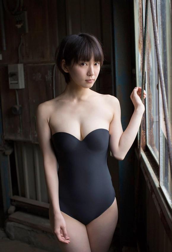 吉岡里帆ちゃんが可愛くて清楚な感じだけどおっぱい大きくて・・・・・ブレイク必至!【画像30枚】16_20151227020346d61.jpg