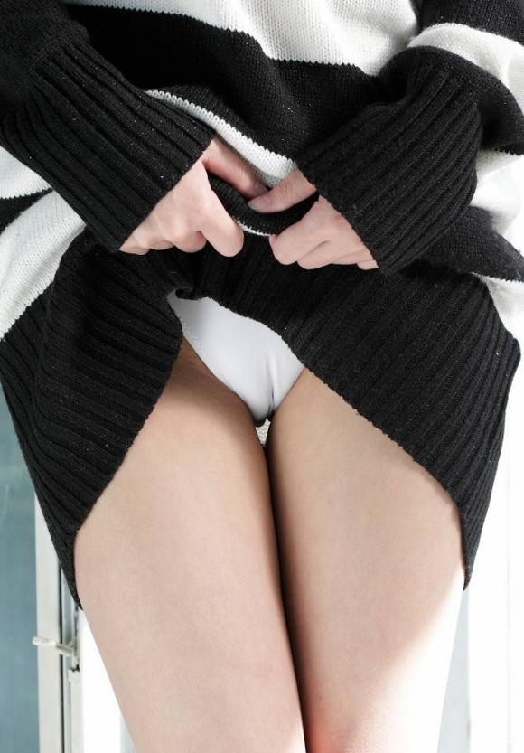 【まんすじ】パンティにおまんこの割れ目クッキリの女の子エロすぎwwwwwww【画像30枚】16_201605082211200d8.jpg