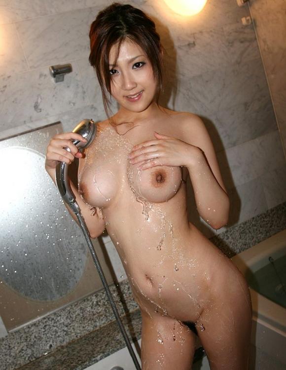 かわいい女の子がシャワー浴びてるのってなんかエロくね?wwwwwww【画像30枚】16_2016051509542186e.jpg