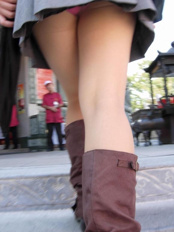 【街撮り】ナンテコッタイwwwパンツ見えそうな服装で外出してる素人が多すぎるwwwwwww【画像30枚】16_2016051922144722a.jpg