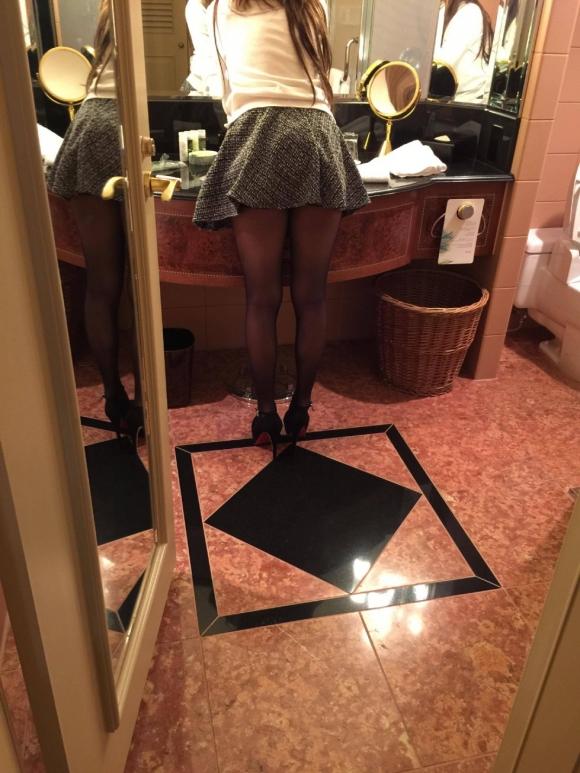 急に寒くなって黒ストッキングを履いた女の子の画像が集まって気分がホッカホカになりましたwww【画像30枚】17_20151218133750dff.jpg