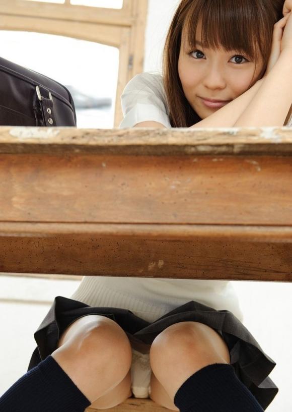 【エロ画像】先生・・・JKのパンツが見たいです・・・・・・・wwwww18_20151121162218457.jpg