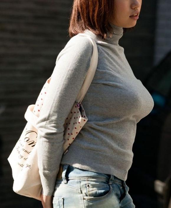 【素人/若い子限定】街で見かけた着衣巨乳女子を抜いた画像を集めましたwwwwwww18_20151205012107a1f.jpg