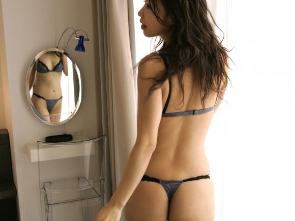 【ランジェリー】股間がビンビン勃起する女の子のセクシー下着にヤラれたwwwwwww【画像30枚】18_201607032250184b7.jpg